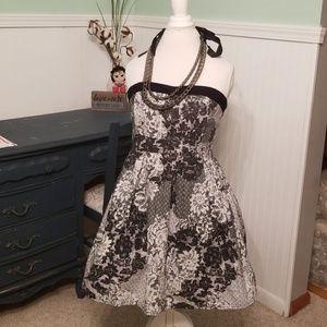 Black and white flower print strapless dress